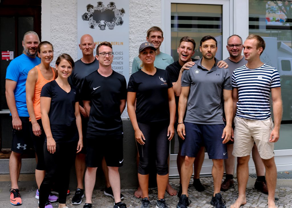 Fortbildung Gruppe Hands-on im Personal Training.